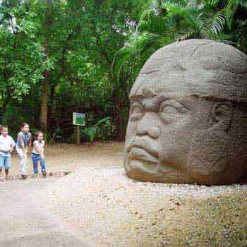 Villahermosa–palenque–campeche-mérida-chichén Itzá Tour