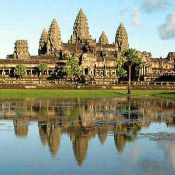 Sunrise Meditation with Angkor Wat 1 Day Package