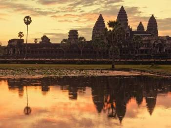 Sunrise Meditation with Angkor Wat Package