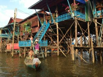 Kompong Phluk (floating Village) Tour