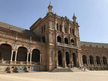 Tapas Tour of Vejer, Cadiz, Jerez, Sevilla & Malaga Package