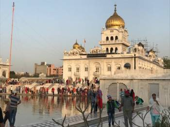 Colorful India & the Ganges River with Southern India & Varanasi Tour