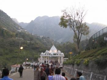 Jammu - Katra - Mata Vaishno Devi - Patnitop - Jammu- (5d)
