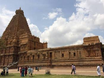 Tanjore with Mararikulam Tour Package