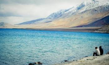 Ladakh Moon Land Experience Tour