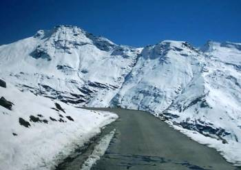 Kullu Manali Shimla Honeymoon Tour Packages from Sikar