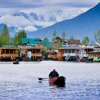 Jammu to Katra to Srinagar to Kargil - Leh Tour