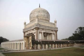 Hyderabad Hussain-Sagar by Evening Tour