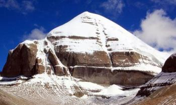 Kailash Mansarovar Yatra Helicopter Package Ex-Luckn...