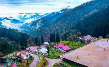8 Days Sandakphu Phalut Trek