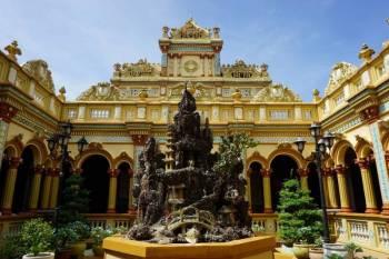 18 Days Viet Nam & Laos Overland Odyssey