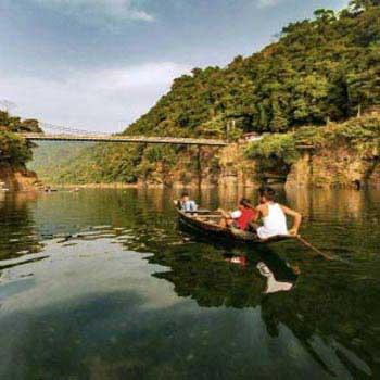 Shillong - Cherrapunjee - Dawki - Mawlynnong Tour