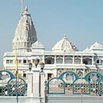 Shri Vrindavan Darshan & Prikrama