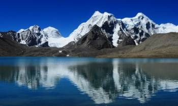 Tour Package Gangtok - Tsomgo Lake - Baba Mandir - Nathula Pass - North Sikkim