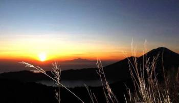 Mount Batur Sunrise Trekking with Natural Hot Spring