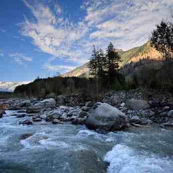 Kullu Chhota Bhangal Sar Pass Trek Tour