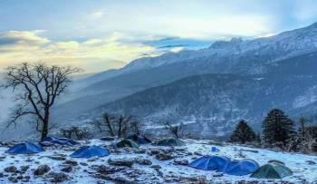 Winter Kuari Pass Trek Tour
