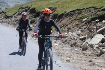 Manali to Leh Cycling Tour 11 Days