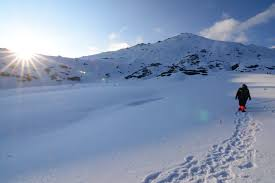 Experience Kedar Kantha Trek with  Rigzen Snow Trek in Uttrakhand Tour