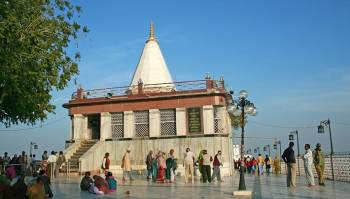 9 Nau Devi Darshan Tour Packages 07 Nights 08 Days G...