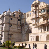 Rajasthan Forts & Palace Tour