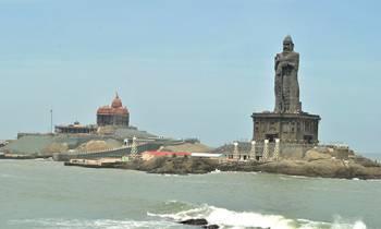 Munnar – Thekkady - Alleppey – Kovalam – Cochin Tour
