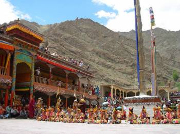 Leh and Srinagar Tour
