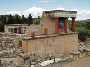 Knossos and Heraklion Museum from Heraklion Tour