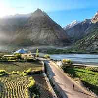 Amritsar - Dharamsala - Manali - Jispa - Sarchu - Tsokar - Leh - Delhi Tour