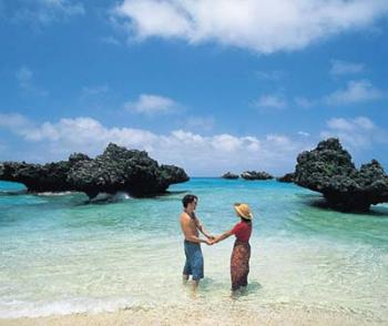 Honeymoon Package - 6 Nights 7 Days  Luxury