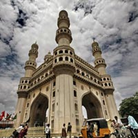 Hyderabad Package Tour For a Couple