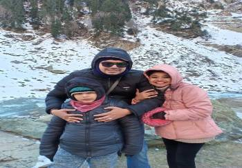 4 Nights 5 Days Kashmir Honeymoon Package
