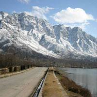 Himachal with Amritsar Honeymoon Holiday Package