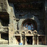 Pune to Ajantha - Ellora Tour