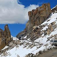 Khardungla Pass Tour
