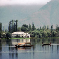 Beat the Heat Kashmir Tour - 7N-8D
