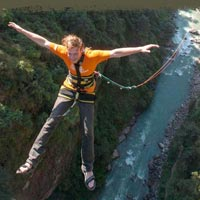 Bunjy Jumping, Rafting Tour