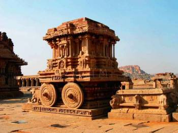 Chennai – Kanchipuram – Mahabalipuram – Pondicherry Tour