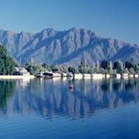 Srinagar (2) – Pahalgam (2) – Gulmarg Tour