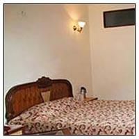 Deluxe Hotel In Barkot