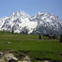 Srinagar - Sonmarg - Pahalgam Tour Package
