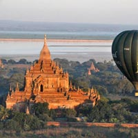 Balloon Over Bagan Tour