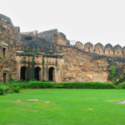 Jhansi Travel Guide