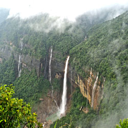 Top Tourist Places To Visit in Cherrapunji