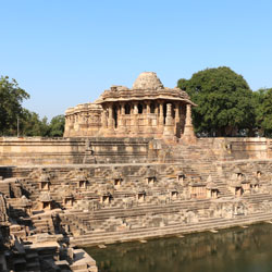 Modhera Travel Guide